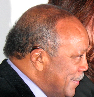 Quincy Jones\' discreet hearing device at ASCAP Quincy Jones Tribute Evening 4/22/2008 NOKIA Theatre NYC